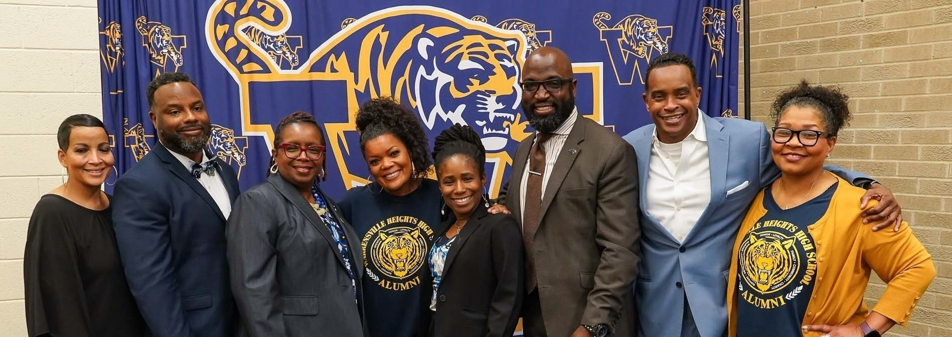 Alum Yvette Nicole Brown visits WHHS