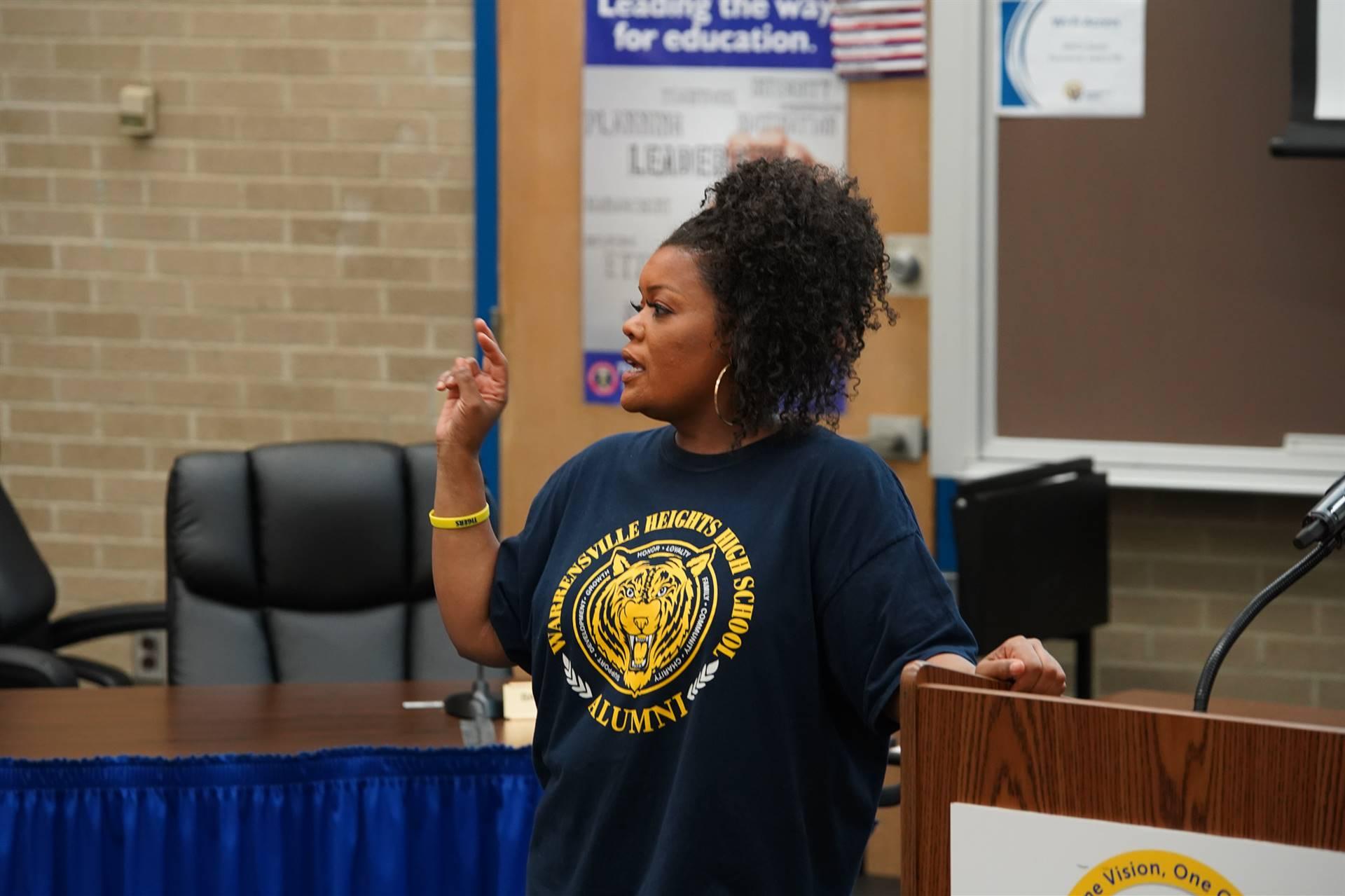 Yvette Nicole Brown visits WHHS